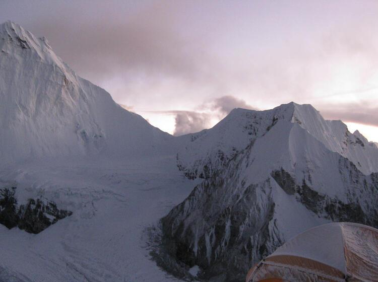 Expedition Mit Bergfuehrer Zum Achttausender