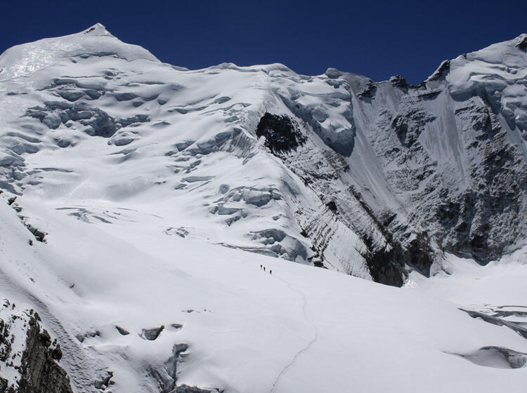 Expeditionsbergsteiger Im Aufstieg Zum Lager Ii Am Himlung