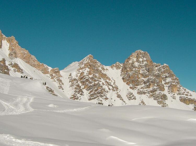 Fanes Alm In Den Dolomiten Ideal Fu R Skitouren Und Schneeschuhtouren