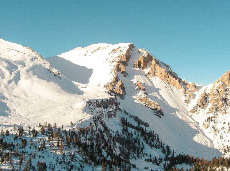 Fanes Und Lavarella Hu Tte In Den Dolomiten