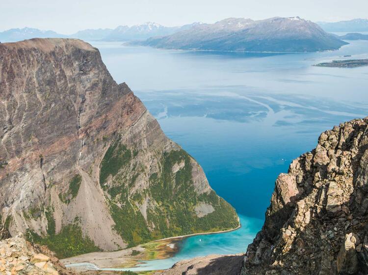 Farbenspiel Wenn Das Gletscherwasser Auf Meerwasser Trifft Bei Der Wanderwoche Lyngenalpen