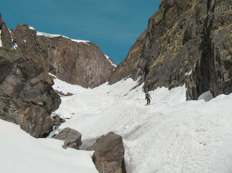 Firnabfahrt In Russland Am Elbrus