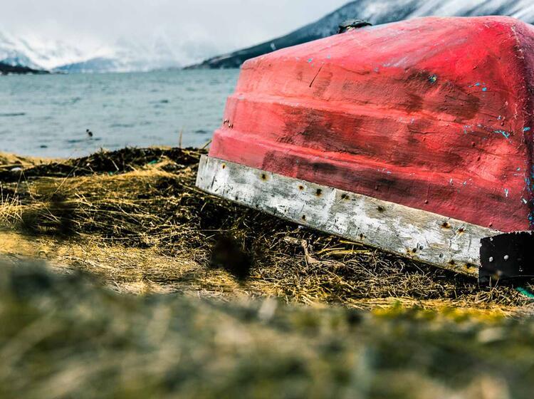 Fischerboot In Den Lyngenalps Auf Der Skitourenreise