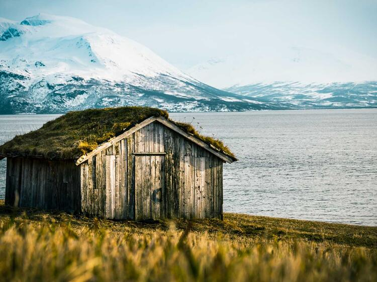 Fru Hjahr Im Lyngen Fjord Die Perfekte Zeit Fu R Skitouren In Norwegen