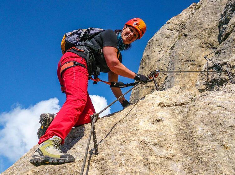 Gefuehrte Klettersteigwoche In Den Dolomiten Cortina D Ampezzo