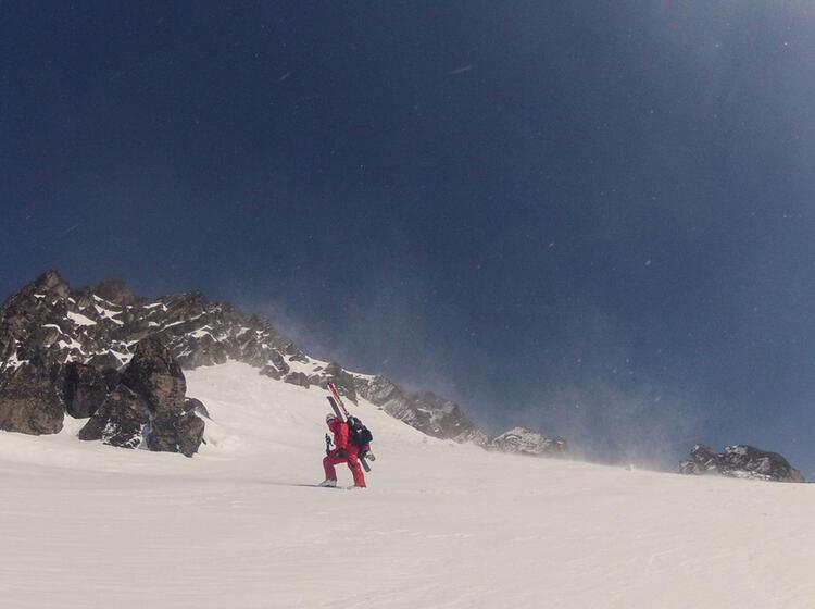 Gefuehrte Skitour Auf Den Avacha Vulkan In Kamtschatka