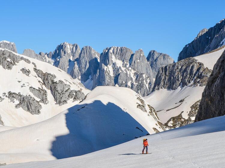 Gefuehrte Skitouren In Montenegro