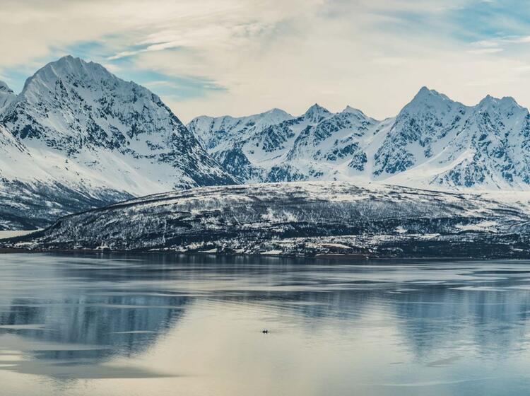 Gefuehrte Skitouren Reise Nach Norwegen Mit Bergfuehrer Vom Schiff