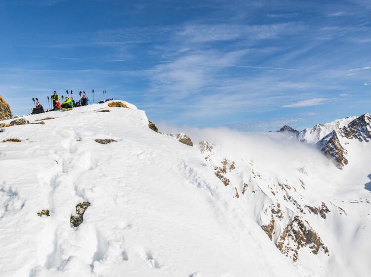Gefuehrte Skitouren Reise Rumaenien Karpaten
