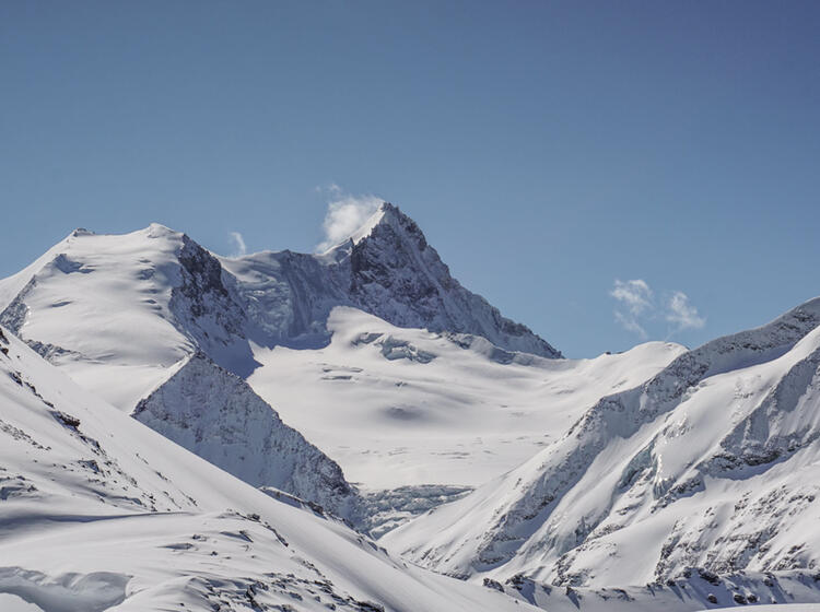 Gefuehrte Skitourenwoche In Der Schweiz