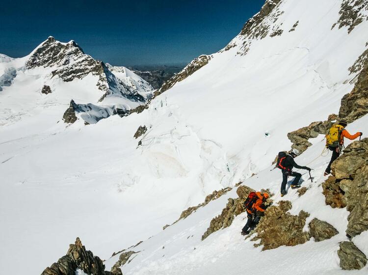 Gefuehrte Tour Moench In Grindelwald Berner Oberland
