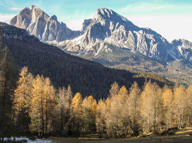 Gefuehrte Wanderung In Den Dolomiten Auf Dem Hoehenweg