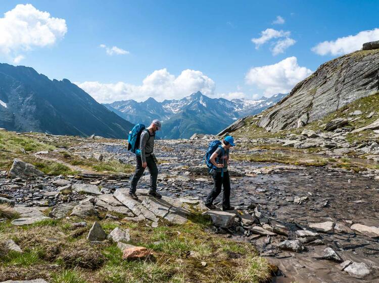 Gefuehrte Wanderung Von Huette Zu Huette In Den Hohen Tauern