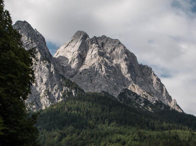Gefuehrtes Bergwandern In Garmsich Partenkirchen