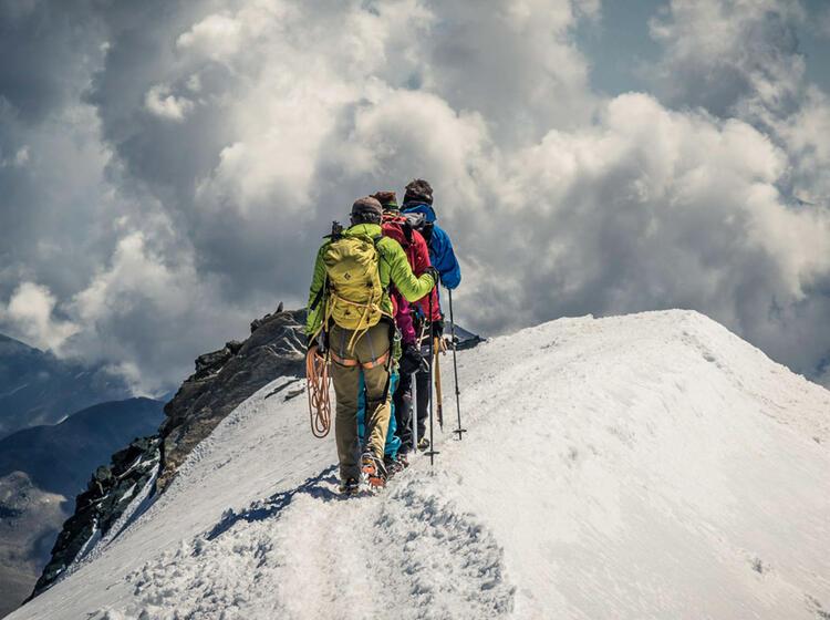 Gipfelgrat Am Allalinhorn Im Wallis Auf Der Spaghettirunde 1