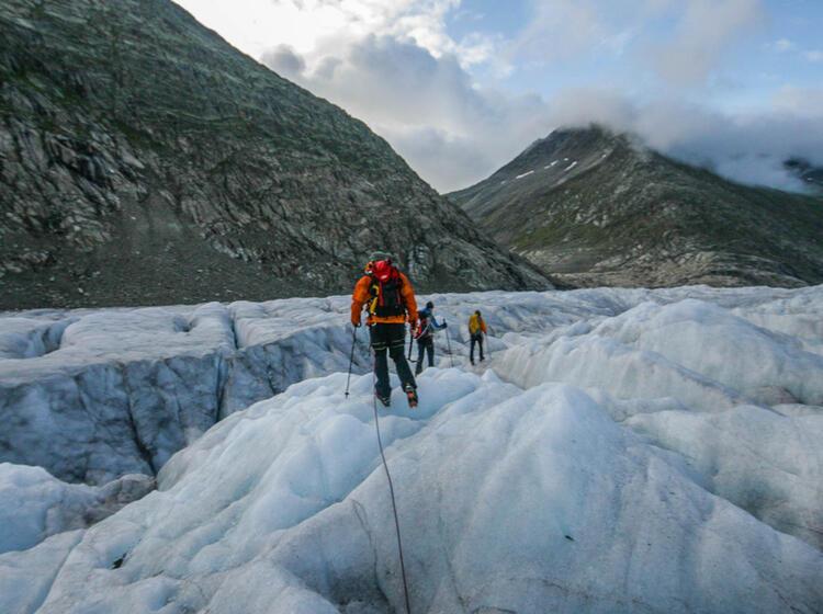 Gletscher Trekking Gefuehrt