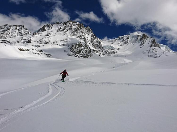 Hochalpine Skiabfahrt Vom Gran Paradiso