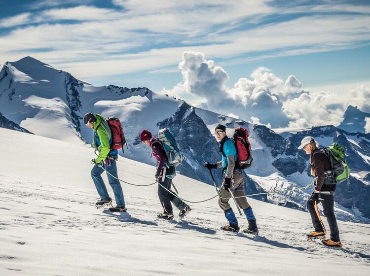 Hochtour Zum Breithorn In Zermatt