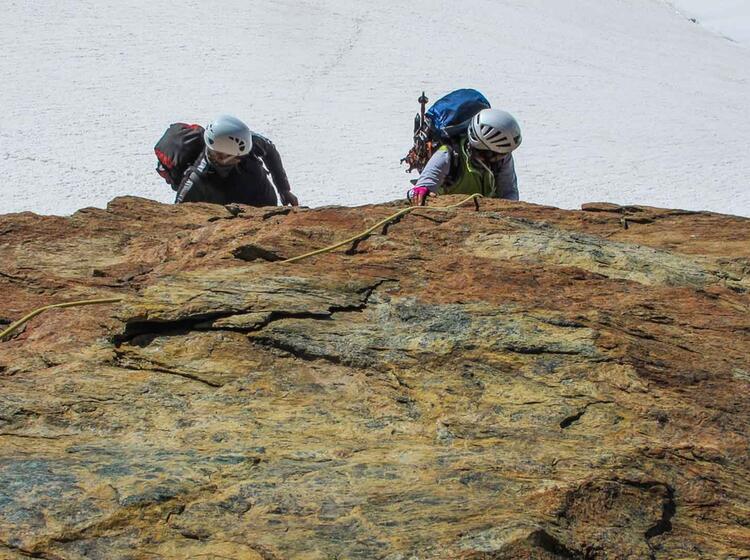 Hochtourenwoche Mit Bergfuehrer Der Alpinschule