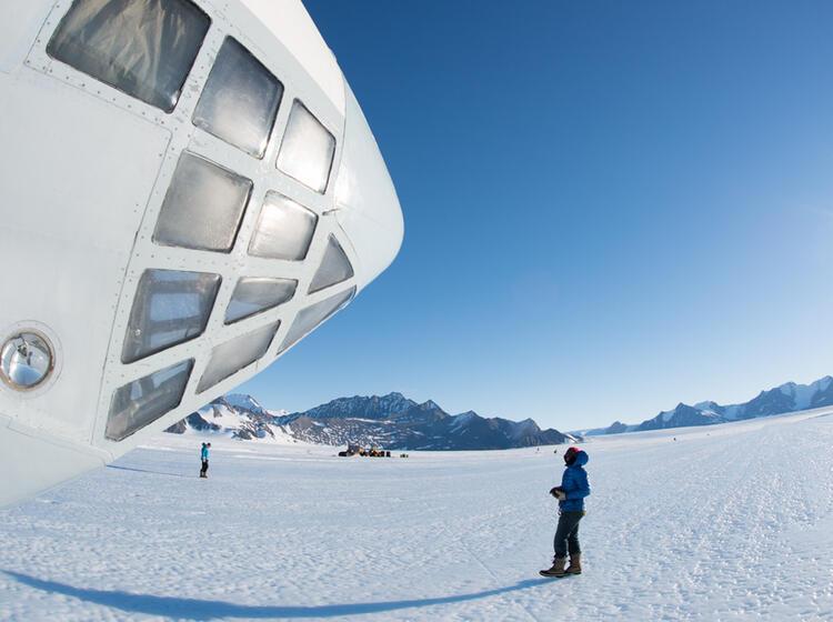 Iljuschin 76 Td Blue Ice Runway Antarktis Ale 40630399397