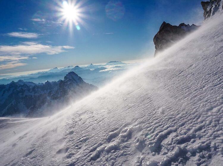 Im Aufstieg Zum Mont Blanc Mit Bergfu Hrer