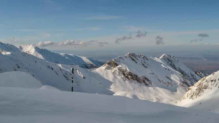 In Die Rumaenischen Karpaten Zum Skitouren Gehen