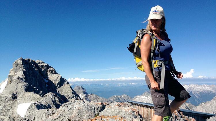 Isolde Fink Bergwanderfuehrerin In Den Alpen