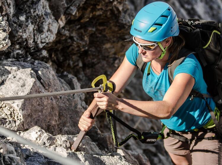 Klettersteig Croda Dei Toni : Mt croda dei toni oder zwoelferkofel dolomiten bozen