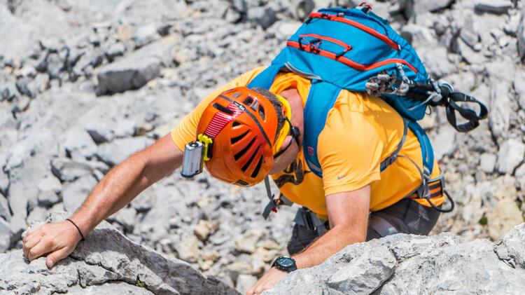 Klettern In Der Hochwanner Nordwand Mit Bergfuehrer Der Bergsteigerschule Zugspitze