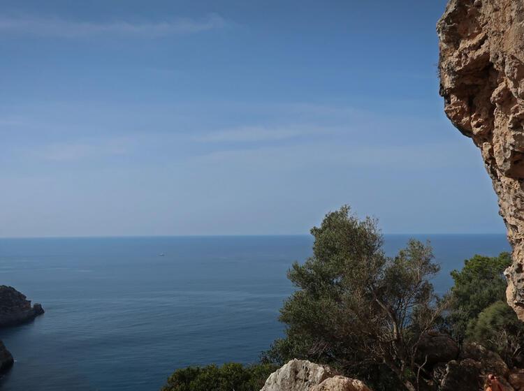 Klettern U Ber Dem Meer Auf Mallorca