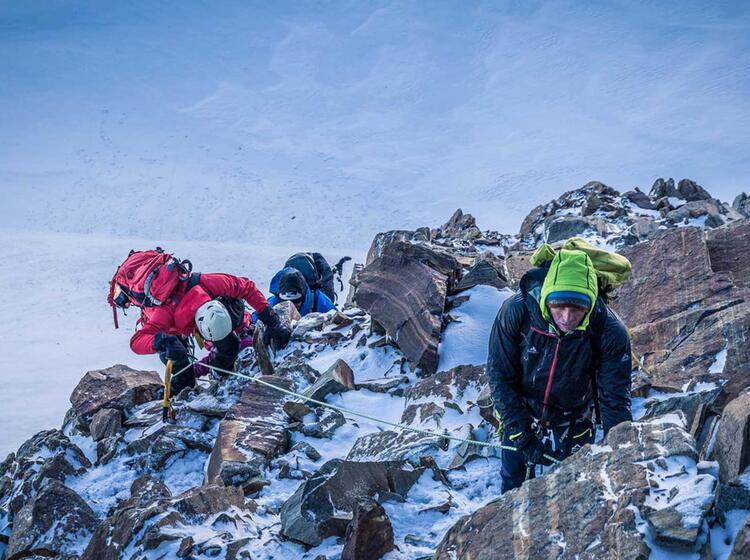 Kletterpassage Mit Steigeisen Am Pollux Im Wallis