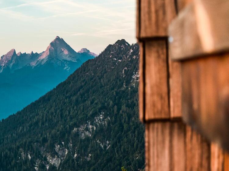 Klettersteig Am Untersberg Mit Blick Auf Den Watzmann