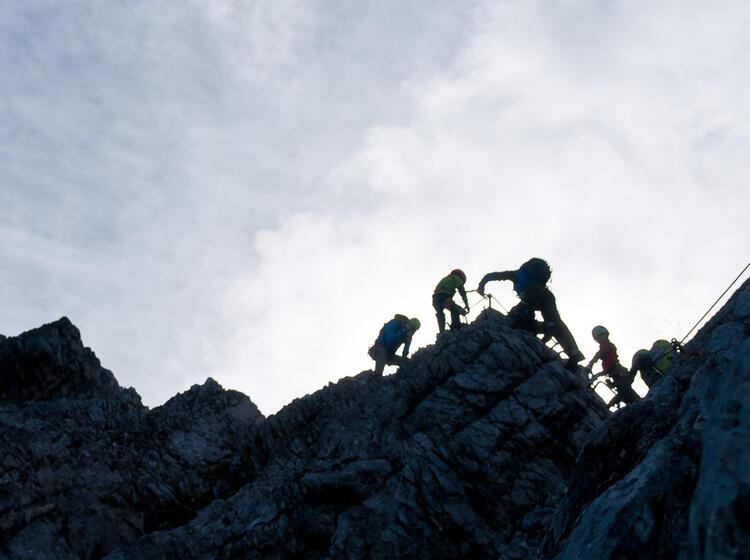 Klettersteig Gehen An Der Alpspitze Lernen