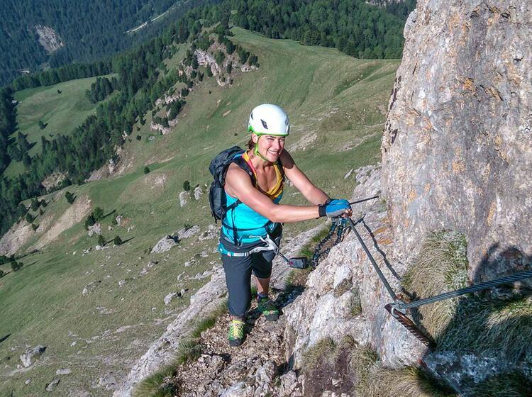Klettersteige In Den Dolomiten Fuehrung