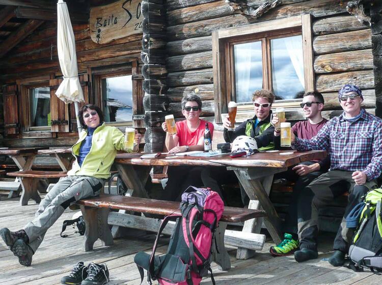 Klettersteige Und Wandern In Den Dolomiten