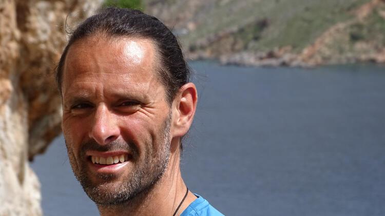 Klettertrainer Johannes Beim Klettern In Griechenland