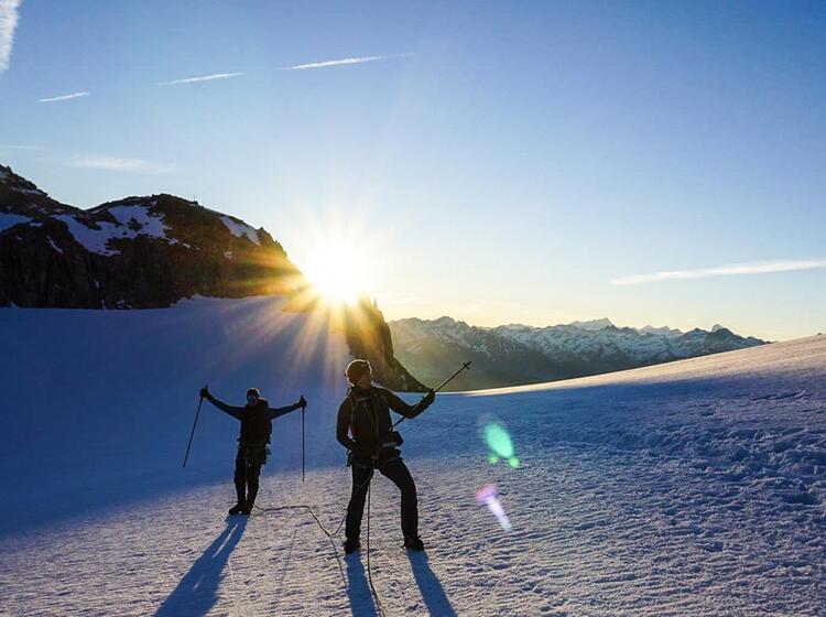Kurz Vor Dem Gipfel Am Mont Blanc Bei Der Gefuehrten Hochtourenwoche