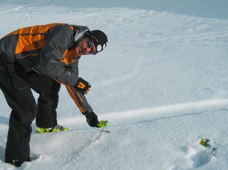 Lawinenverschu Ttetensuche Auf Dem Skitourenkurs Heidelberger Hu Tte 1
