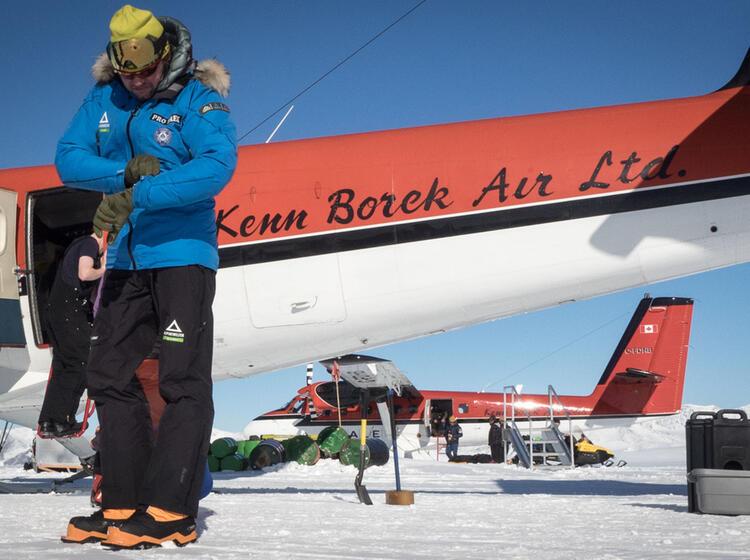 Letzter Check Vor Dem Abflug Zur Su Dpol Expedition