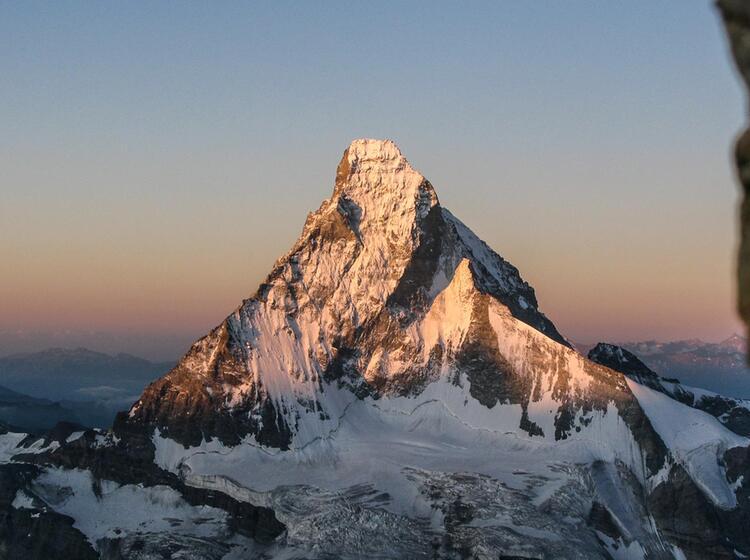Matterhorn Von Obergabelhorn Aus Gesehen In Der Hochtourenwoche Im Wallis
