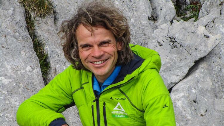 Michi Hornsteiner Ist Bergfuehrer An Der Zugspitze Bei Der Alpinschule Alpine Welten