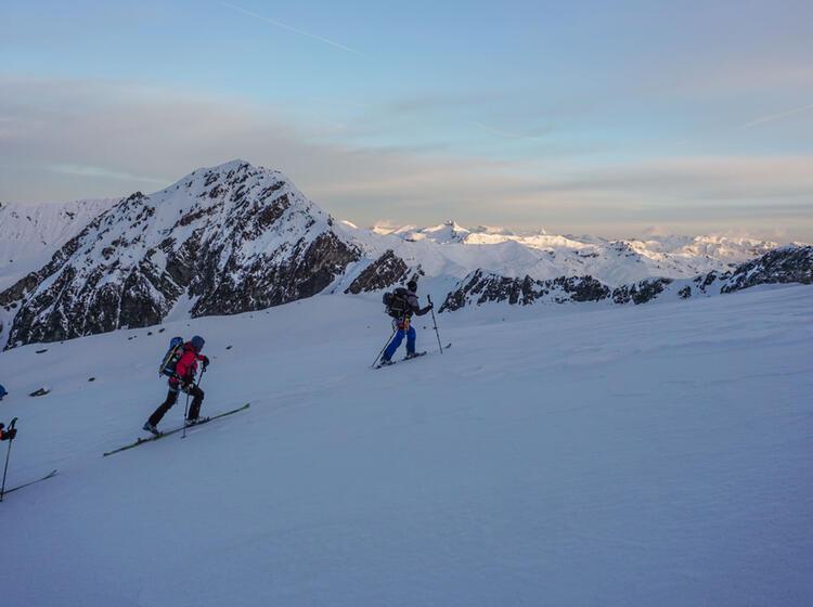 Mit Bergfueher Der Alpinschule Auf Skihochtour