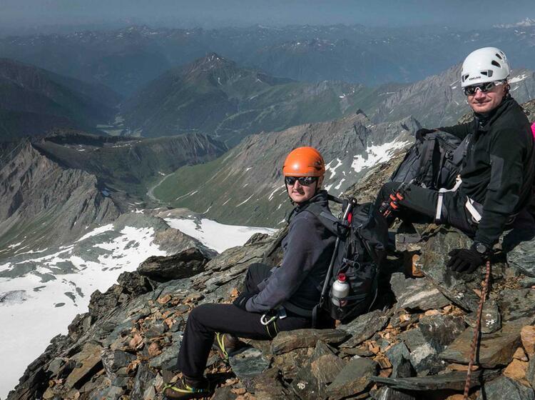 Mit Bergfuehrer Kals Auf Den Grossglockner
