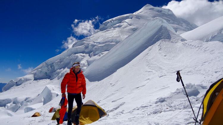 Mit Bergfuehrer Marcel Auf Den Alpamayo