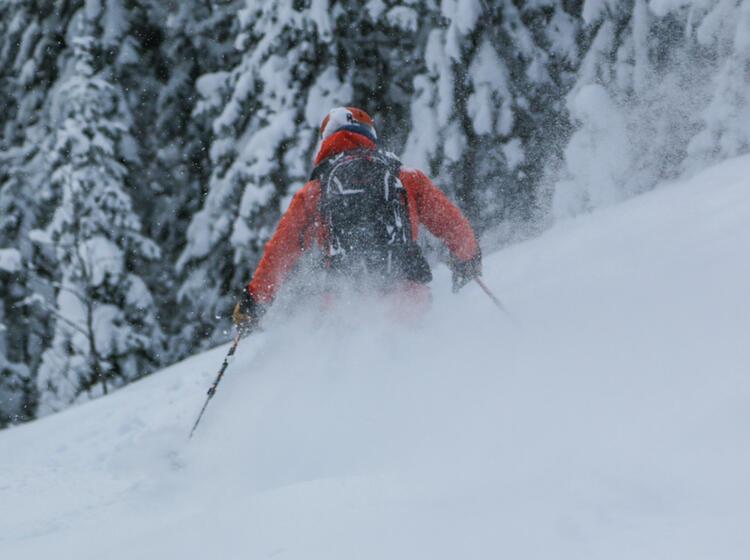 Mit Bergfuehrer Nach Sibirien Zum Skitouren
