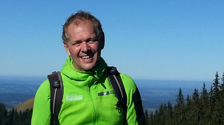 Mit Bergwanderfuehrer Martin Werner Auf Die Zugspitze