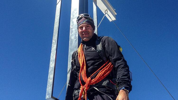 Mit Bergwanderfuehrer Michael Willer Ueber Die Alpen Wandern