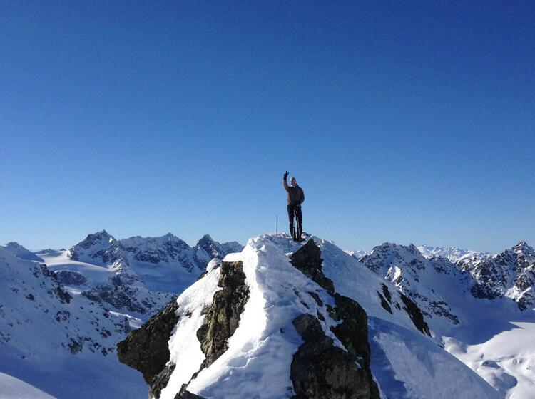 Mit Dem Snowbard Auf Skitour In Der Silvretta