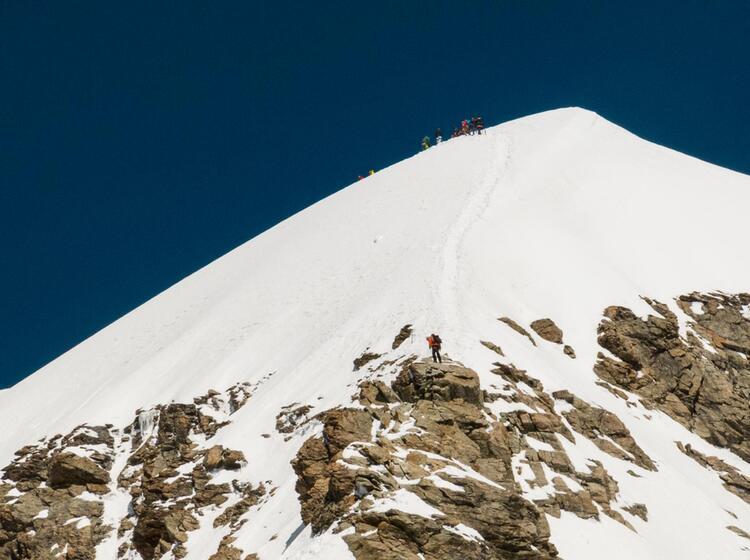 Moench Und Jungrau Sind Beliebte Hochtouren Im Berner Oberland Oberhalb Von Grindelwald