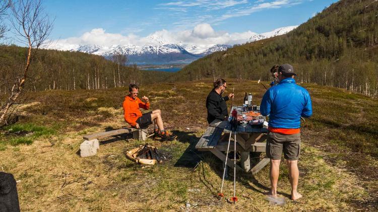 Pause Am Lyngen Fjord